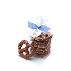 ready-gift-chocolate-SHX550022T-signature-milk-chocolate-toffee-pretzels-1