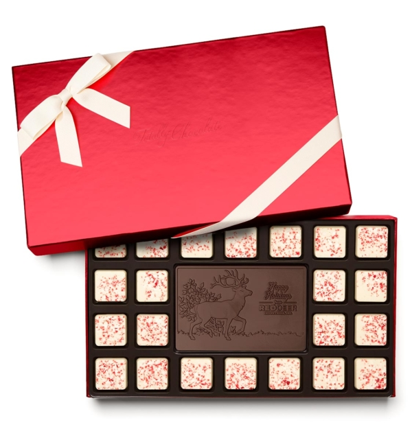 fully-custom-chocolate-3023-23-piece-ensemble-1