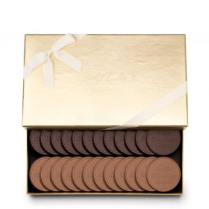 fully-custom-chocolate-4024-24-piece-cookie-set-2