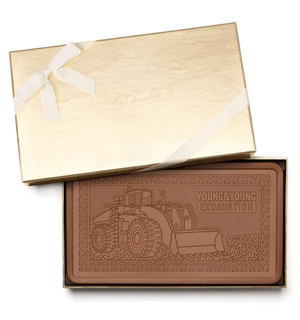 fully-custom-chocolate-1032-indulgent-bar-ribbon