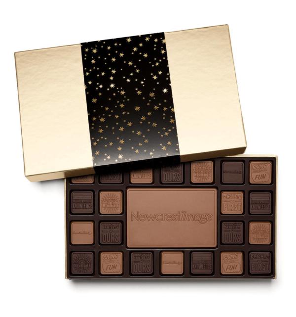 fully-custom-chocolate-3045-45-piece-ensemble-sleeve-Newcrest