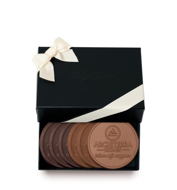 fully-custom-chocolate-4006-6-piece-cookie-set-ribbon-black-architerra-homes