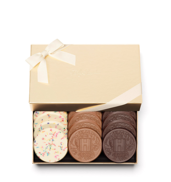 fully-custom-chocolate-4012-grand-12-cookie-sprinkles-milk-dark-ribbon-H