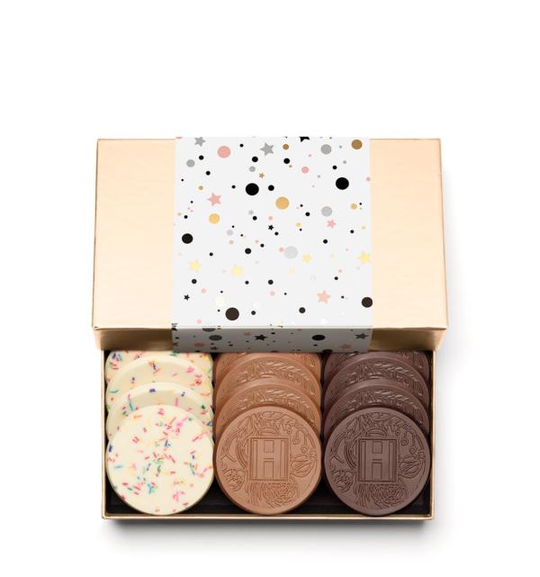 fully-custom-chocolate-4012-grand-12-cookie-sprinkles-milk-dark-sleeve-H