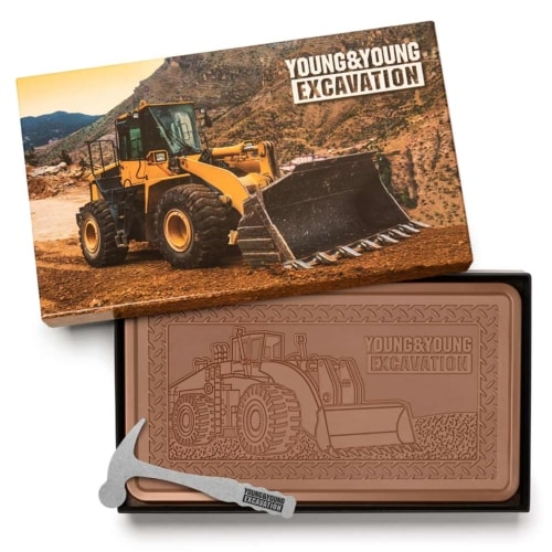 fully-custom-chocolate-1032-indulgent-bar-smashing-hammer-young