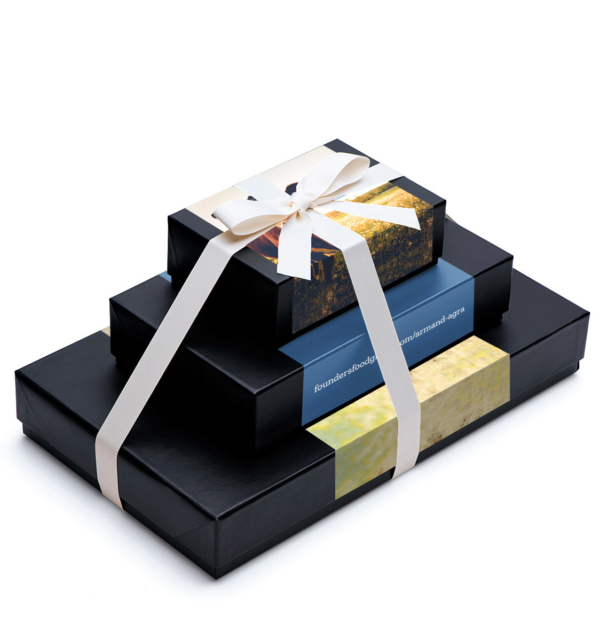 Custom-gift-tower-band-3pc