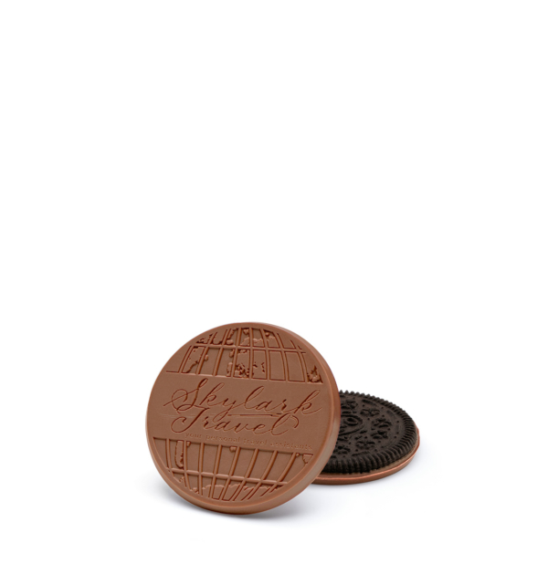 fully-custom-chocolate-4001-individual-cookie-skylark-oreo