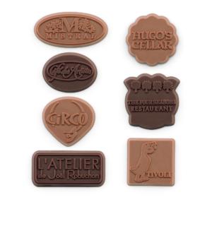 fully-custom-chocolate-5400-54-piece-dessert-topper-circo-four-seasons